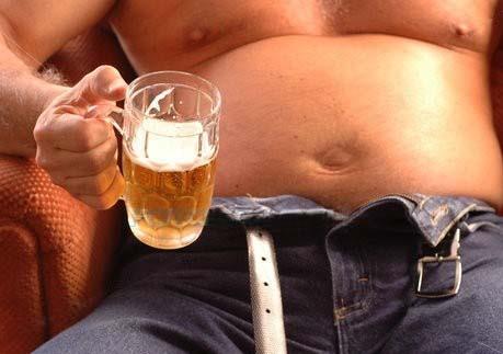 Cerveja-engorda-e-da-barriga