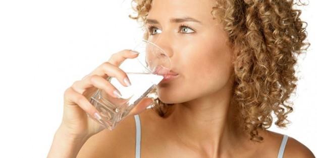 bebendo-agua-628x314