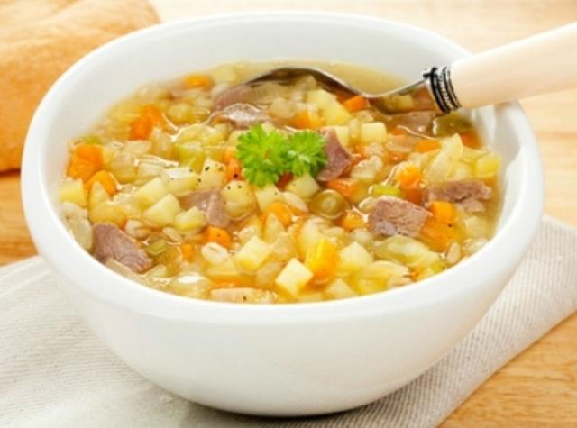 sopa-de-legumes-com-macarrao-e-carne-f8-11678
